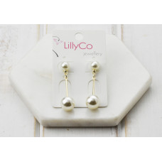 Gold Drop Pearl Earring