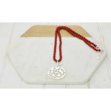 Red Bead & Cut Out Pendant Nacklace