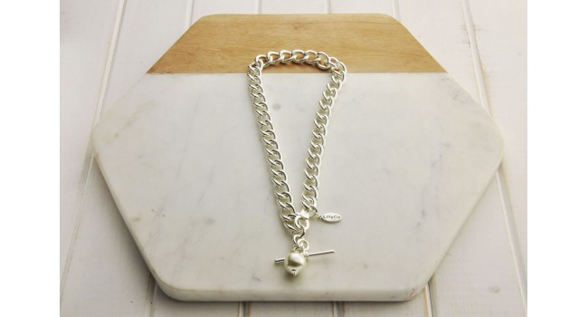 Chain Link with Pearl Necklace